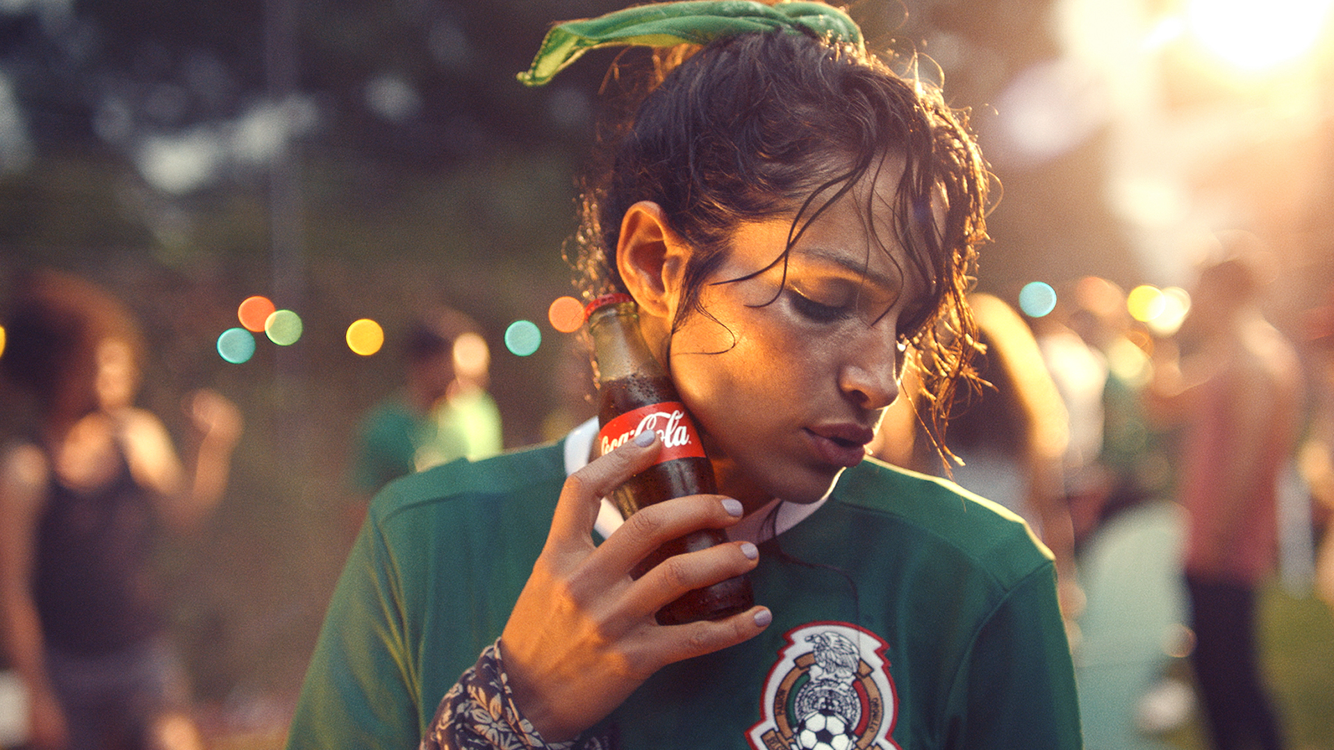 Coca-Cola - Mexican Girl